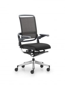 Grahl-Xenium-Net-chair-angle